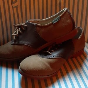 LIKE NEW PAIR OF WOMEN'S EASTLAND SHOES 7.5